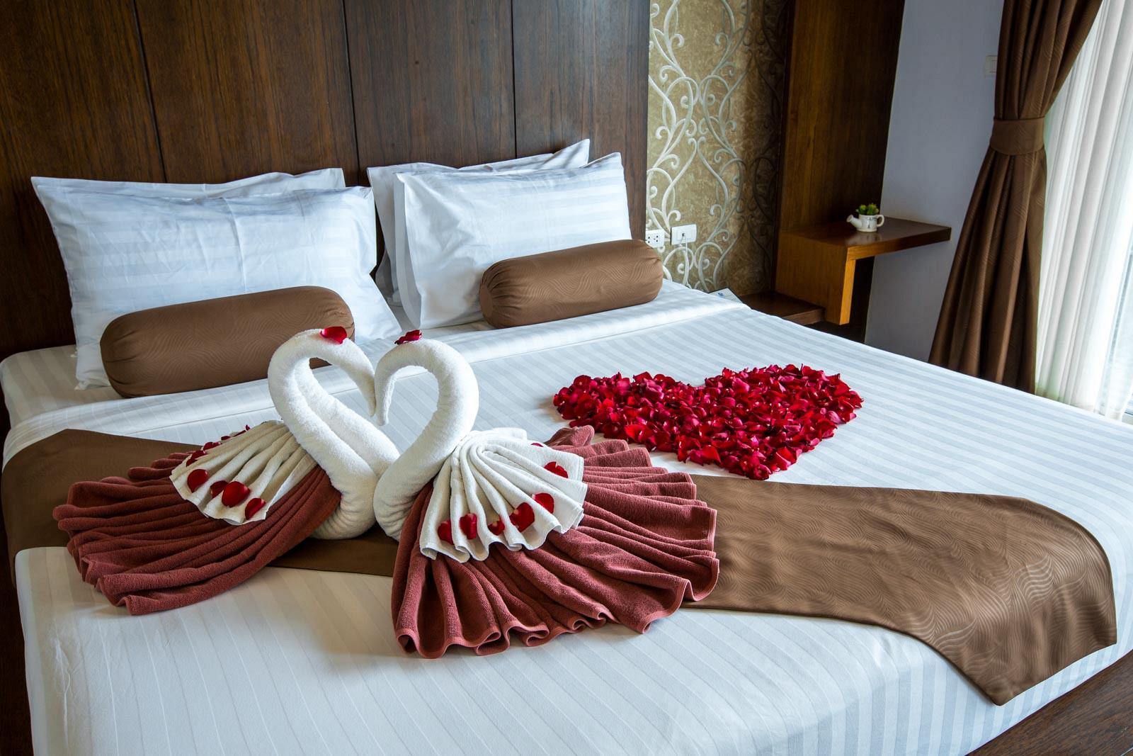 Phi Phi Cliff Beach Resort Hotel